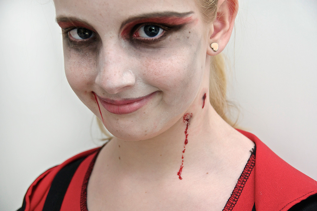 Sweet scary carnival girl